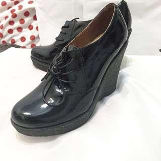 Havana 契型四孔 漆皮鞋