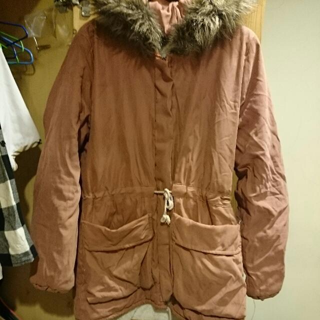 粉色厚外套