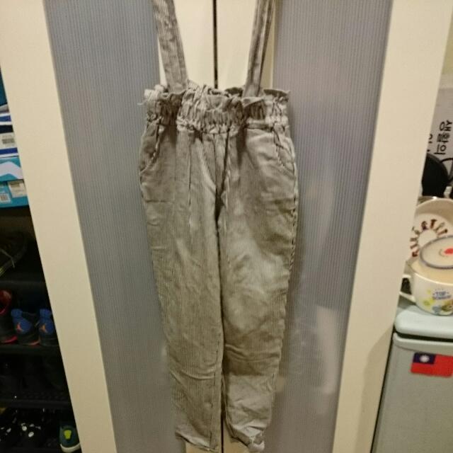 直條紋吊帶褲