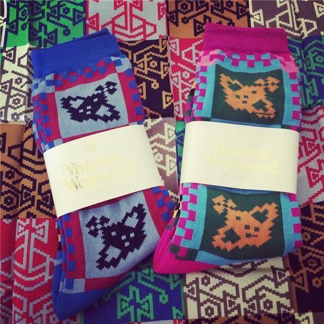Vivienne Westwood 土星 襪子 復古
