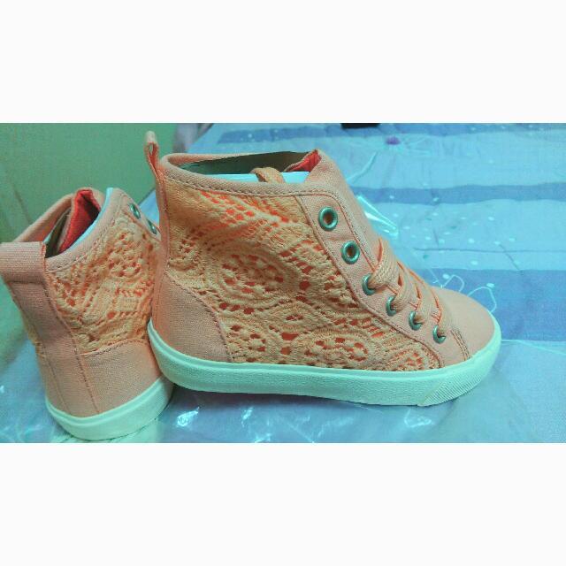 Zara童鞋
