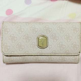 GUESS long Wallet *price Reduced*