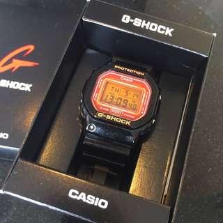 CASIO G-SHOCK DW-5600CS 黑橘色