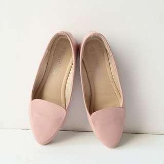 粉色平底樂福鞋