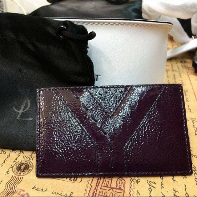 YSL 紫色名片夾全新。購於義大利。 附小防塵袋