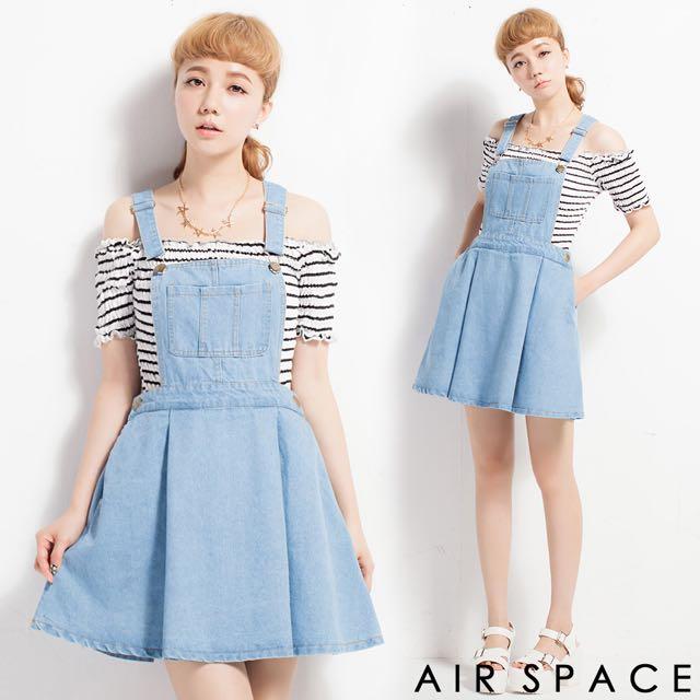 轉賣 Air Space 個性口袋丹寧牛仔吊帶裙(淺藍)