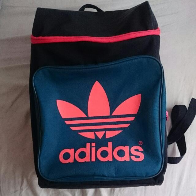 Adidas後背包(保留)