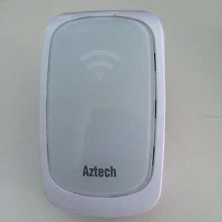 Aztec WiFi Range Extender