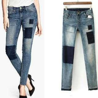 H&M Patch Jeans