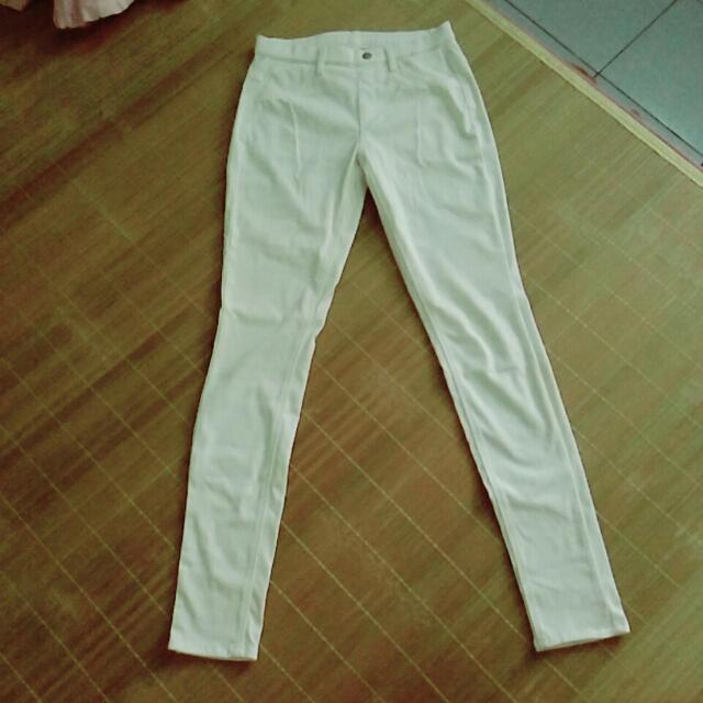 (降價嘍)Uniqlo九成五新白色長褲