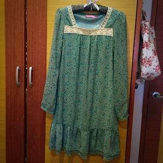 🔵LACE森林系復古寶石綠藍色碎花拼蕾絲雪紡長版洋裝