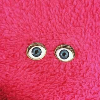 你在看我嗎 眼睛耳環