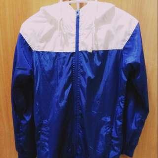 藍白運動風衣