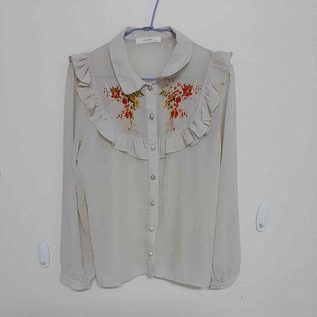 花朵荷葉邊襯衫