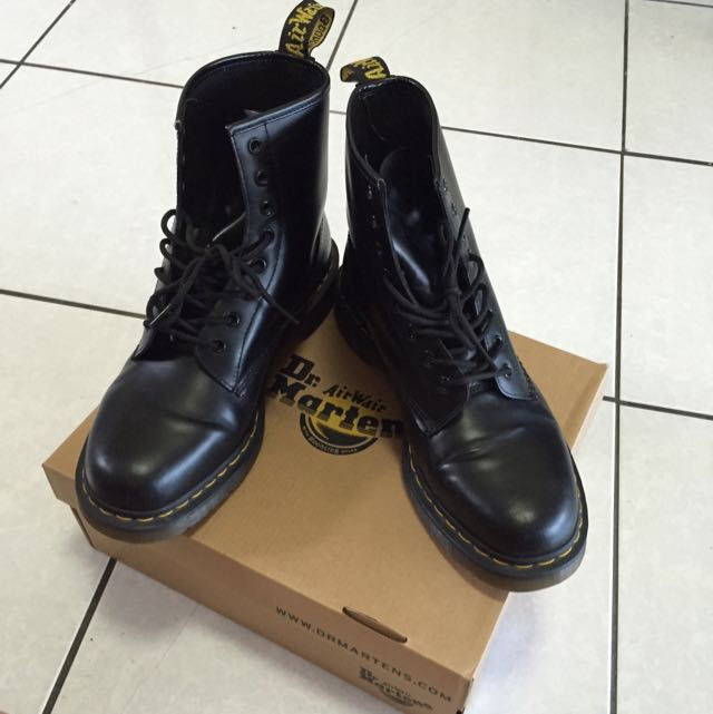 正品 Dr. Martens 1460 8孔 中性版 馬丁鞋