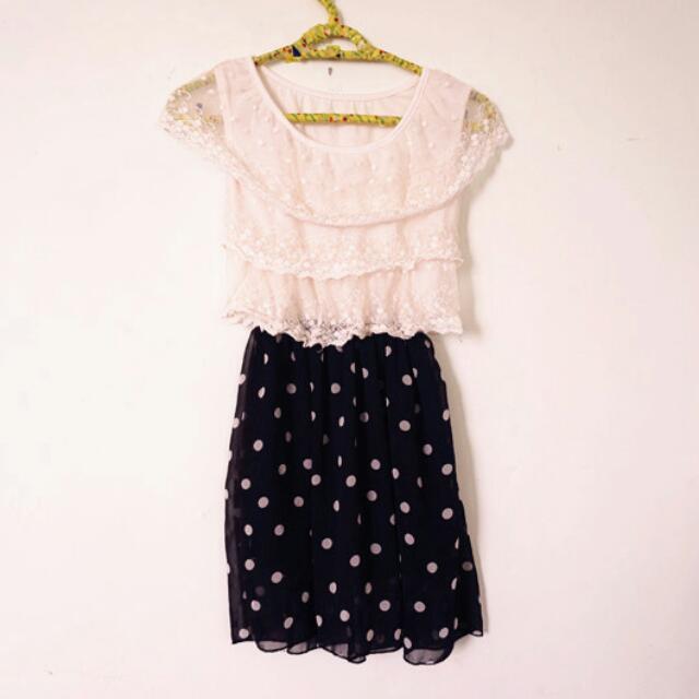 《降價》蕾絲甜美洋裝( 黑)