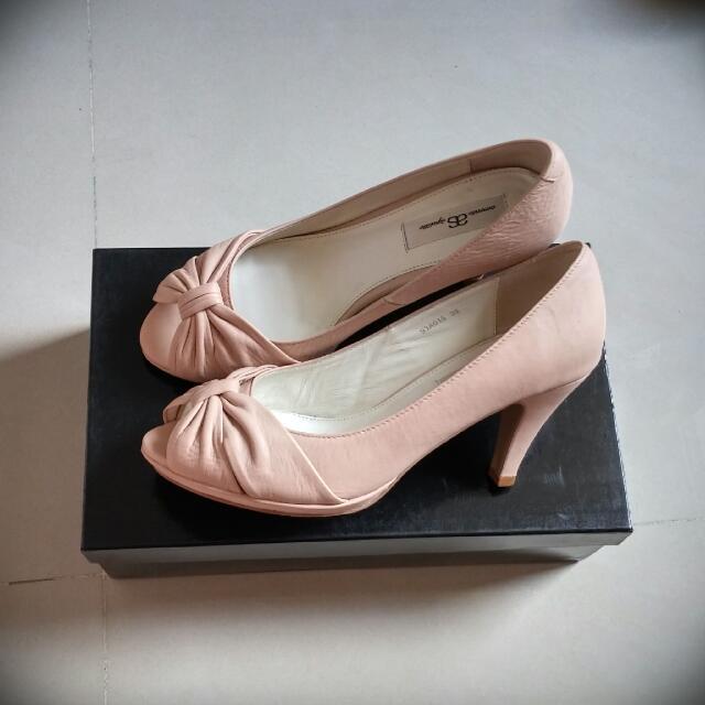 降!!!AS 裸粉跟鞋 38