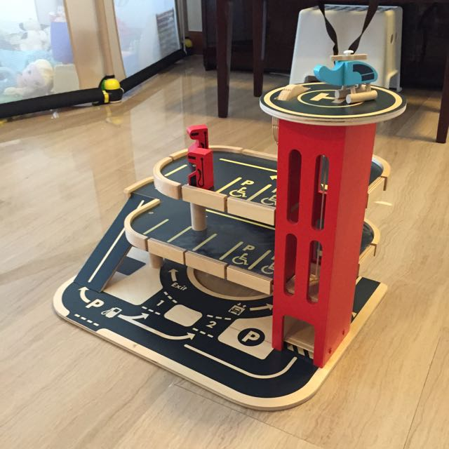 Elc Wooden Car Garage With Car Elevator Toy Car Helicopter And