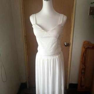 白色派對限定- 深V小可愛+百摺長裙