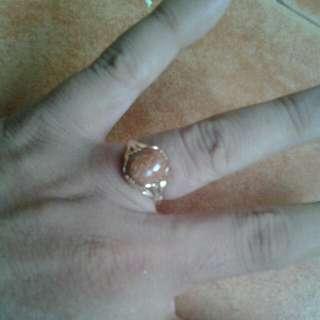 Batu Pasir Emas (Stone Send Gold)