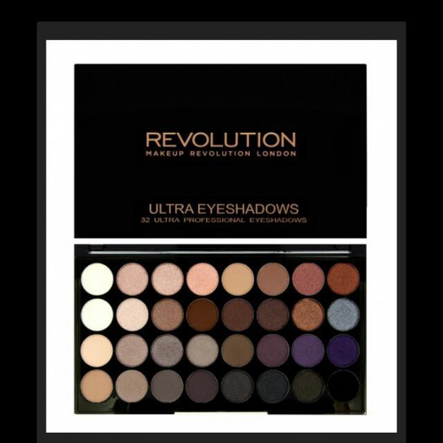 現貨。 英國彩妝Makeup revolution