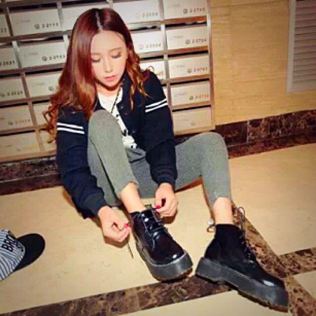 》韓系八孔馬丁鞋(全新)