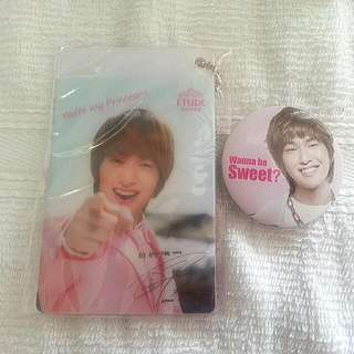 Shinee Onew Card Holder And Badge