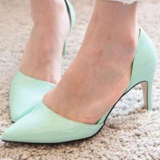 蒂芬妮綠尖頭高跟鞋