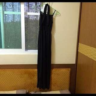 《全新》spicyholic黑色素面長洋裝