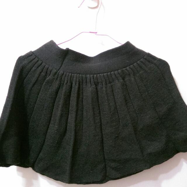 墨綠色圓裙