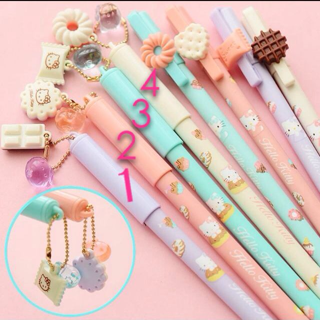 Hello Kitty Kawaii Cute Pens With Hanging Decorations Design