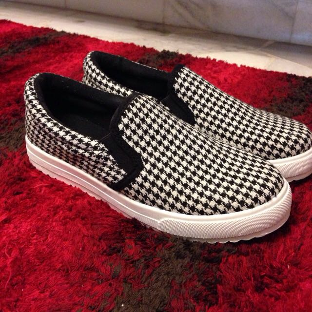 Houndstooth Shoe