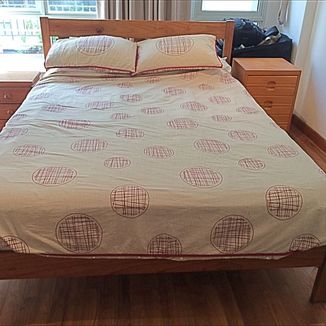 Queen Size Bed And Mattress