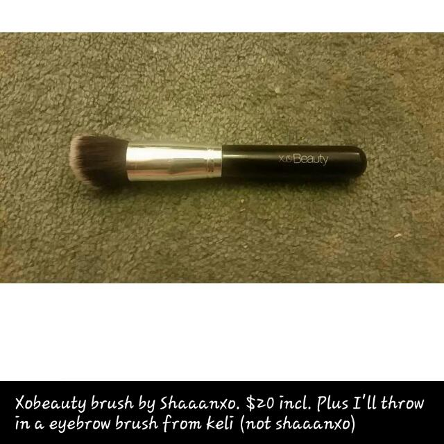 Shaaanxo xoBeauty Makeup Brush Plus Freebie