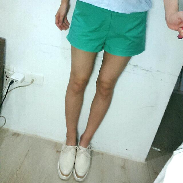1000購入!正韓tiffany綠短褲