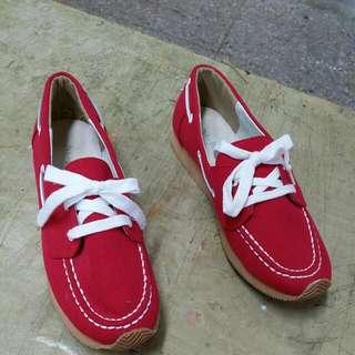 里琪紅色休閒鞋