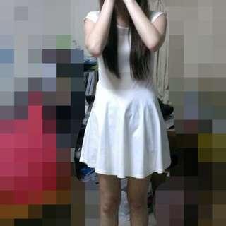(含運)九成新/全白洋裝