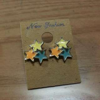 韓國進口 耳環 星星 (賣場耳環全帶$200)