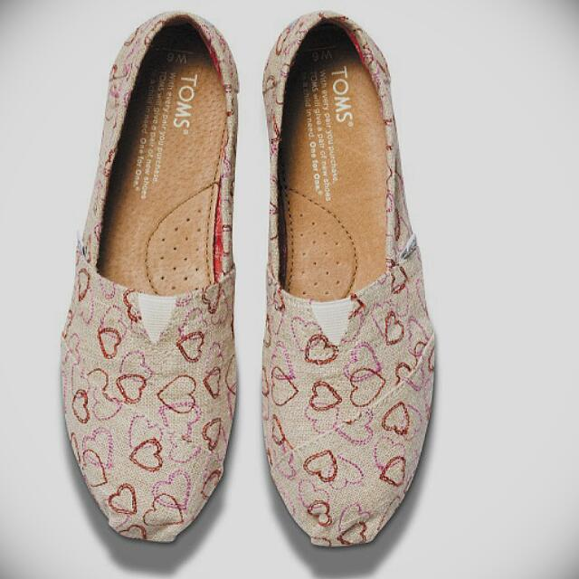 正品代購 Toms Natural Embroidered Hearts愛心刺繡款 休閒懶人鞋