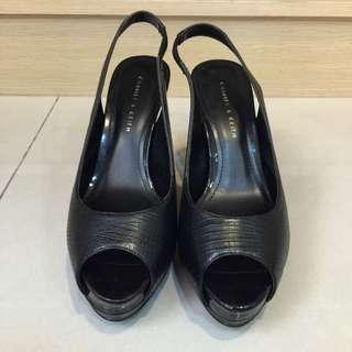CHARLES & KEITH黑色魚口涼鞋 37號