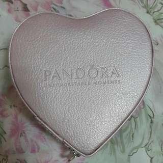 PANDORA 限量愛心珠寶盒
