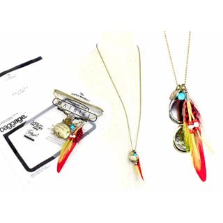 全新 英國時尚品牌 NATKIEL 時尚繽紛 羽毛 圓牌 金牌 波西米亞風 民俗風 項鍊