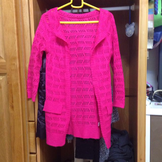 粉色針織外套