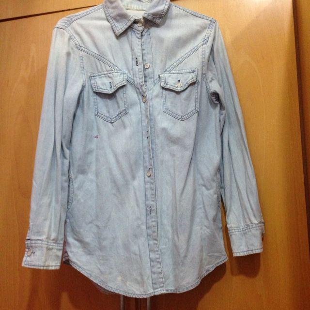 淺藍長版牛仔襯衫