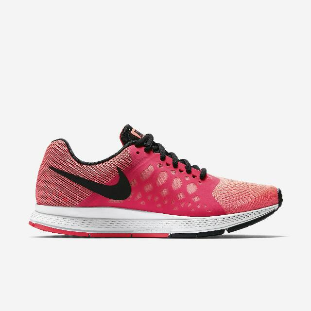 huge selection of bd57b e29f4 NIKE Air Zoom Pegasus 31 Women s Running Shoes, Sports on Carousell