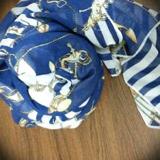 藍白條紋絲巾