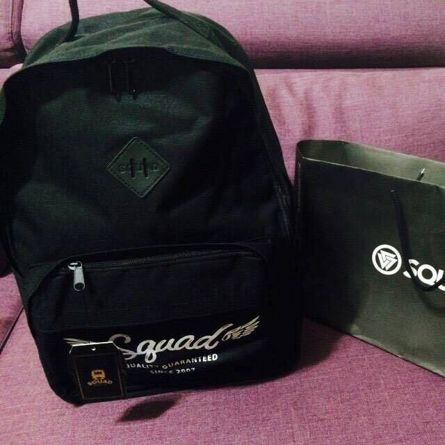 (全新 免運)SQUAD黑色後背包
