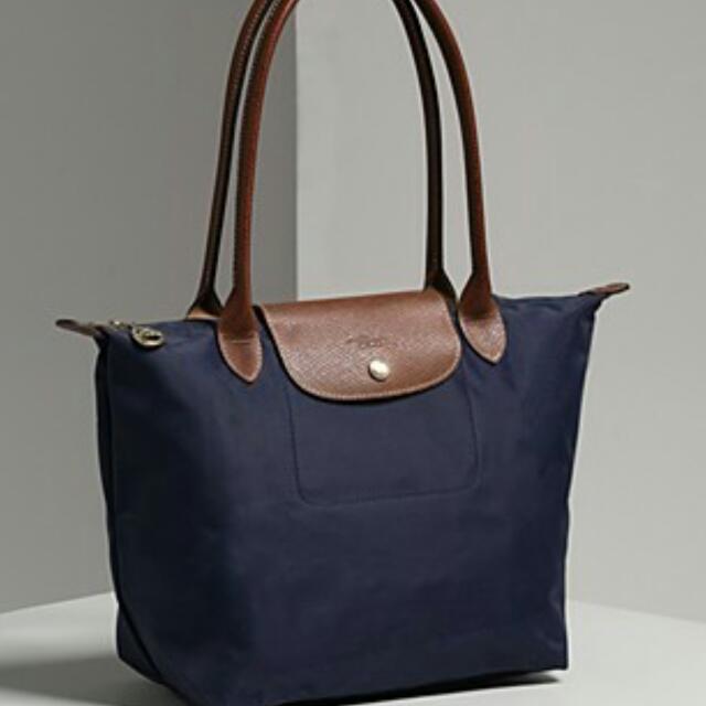 fee7f4bb9 Authentic Longchamp Medium Long Handle Le Pliage Bags, Women's ...