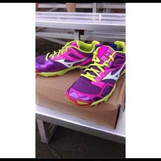 Mizuno 全新排球鞋