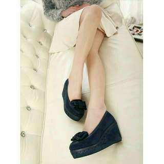 全新-麂皮蝴蝶結高跟娃娃鞋*39號